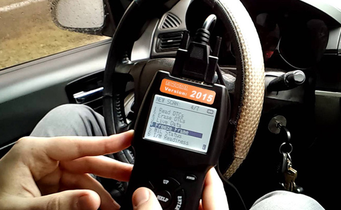 Universal Can Bus Code Reader Live Data Automotive Fault Scanner Car Diagnostics Scan Tool Cs 520