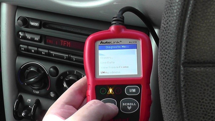 using-obd-2-scan-tool-for-check-engine-light-mil-code